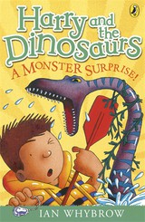 Harry And The Dinosaurs: A Monster Surprise! - Whybrow, Ian - ISBN: 9780141332802