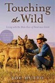 Touching The Wild - Hutto, Joe - ISBN: 9781626362130