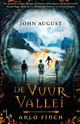 Arlo Finch 1 - De Vuurvallei - John  August - ISBN: 9789024579396