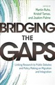 Bridging The Gaps - ISBN: 9780198834557