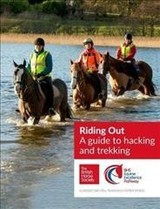 Bhs Riding Out - British Horse Society - ISBN: 9781910016350
